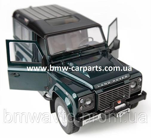 Модель автомобиля Land Rover Defender 90, Scale 1:18, фото 2