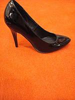 Туфли женские черные лаковые на шпильке LEXI