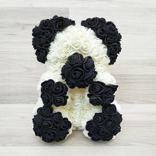 Подарочная игрушка, мишка-панда из роз
