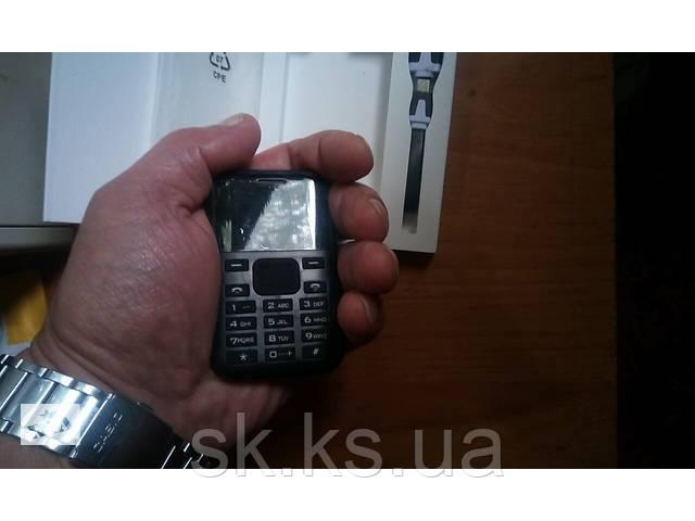 Aeku c8 ультратонкий мобильный телефон кредитная карточка
