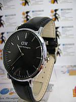 Мужские наручные часы Daniel Wellington на ремешке