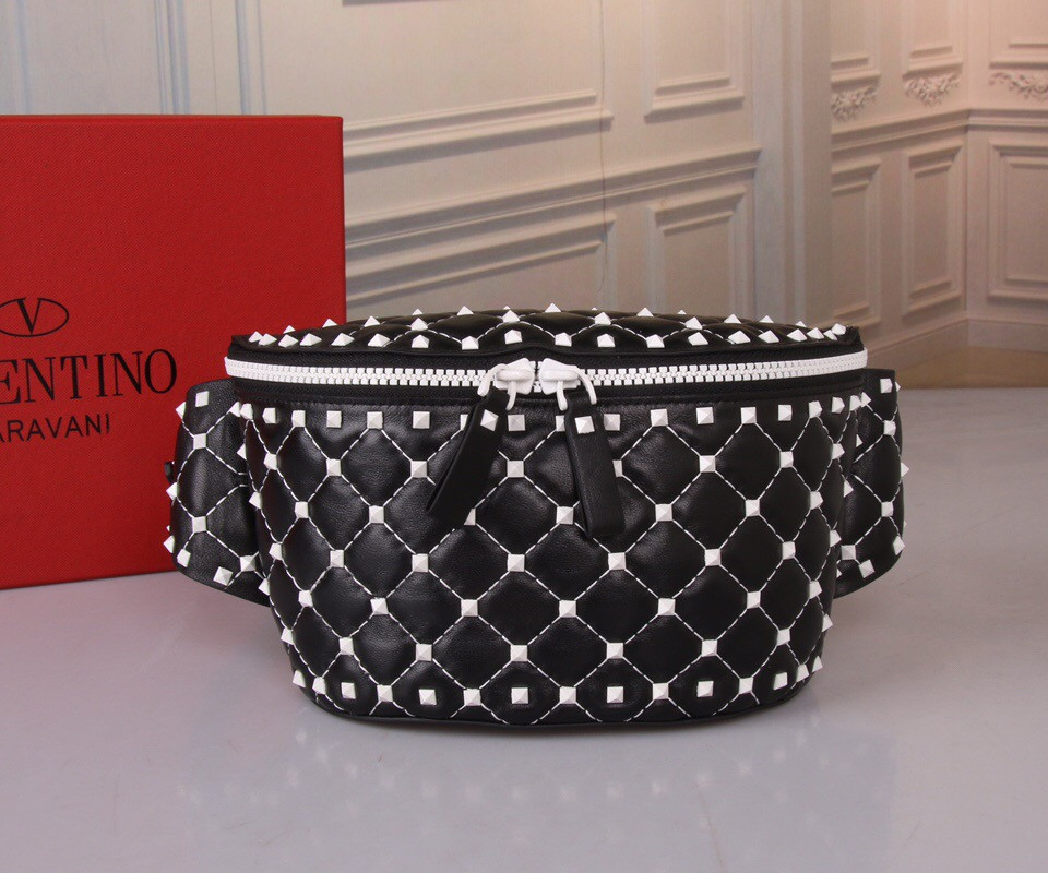 Женская сумка на пояс Valentino
