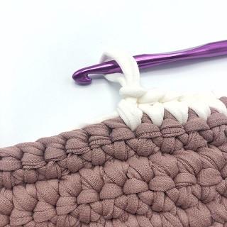 Мастер класс по вязанию ковра из трикотажной пряжи Bobilon