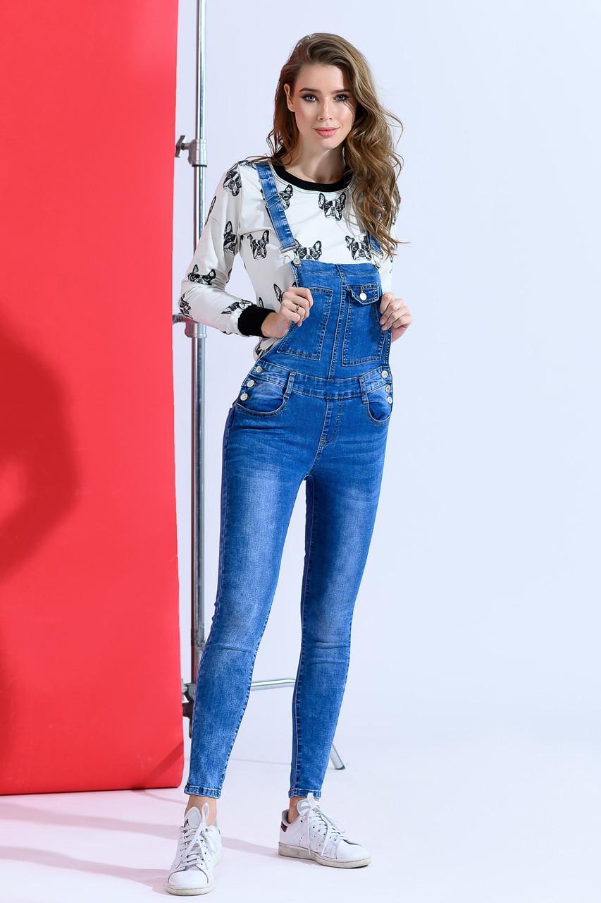 Трендовий джинсовый комбинезон