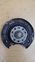 Ступица ( задняя )  Opel Vectra B 2.0  ( 5 отверстий ) ( L )