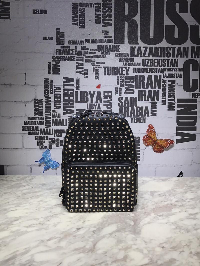 Женский рюкзак Valentino