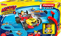 Автотрек First Міккі і гонщики родстера Carrera ручне управління 2 машинки Міккі Маус і Дональд Дак 2.4 м