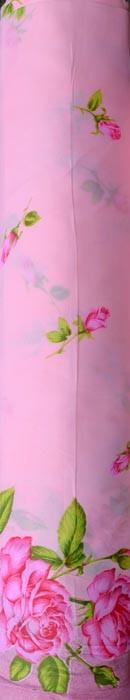 Троянда на рожевому
