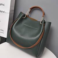 Женская сумка из экокожи с металлическими ручками зеленая