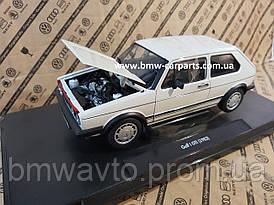 Модель автомобиля Volkswagen Golf I GTI (1983), White, Scale 1:18