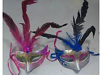 Маски венецианские с перьями в ассортименте