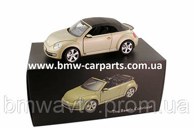 Модель автомобиля Volkswagen Beetle Cabrio, Scale 1:18 Снята с производства!, фото 3