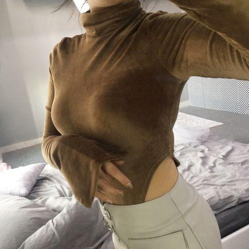 Боди мягкий вельвет горчичного цвета на длинный рукав-170-06