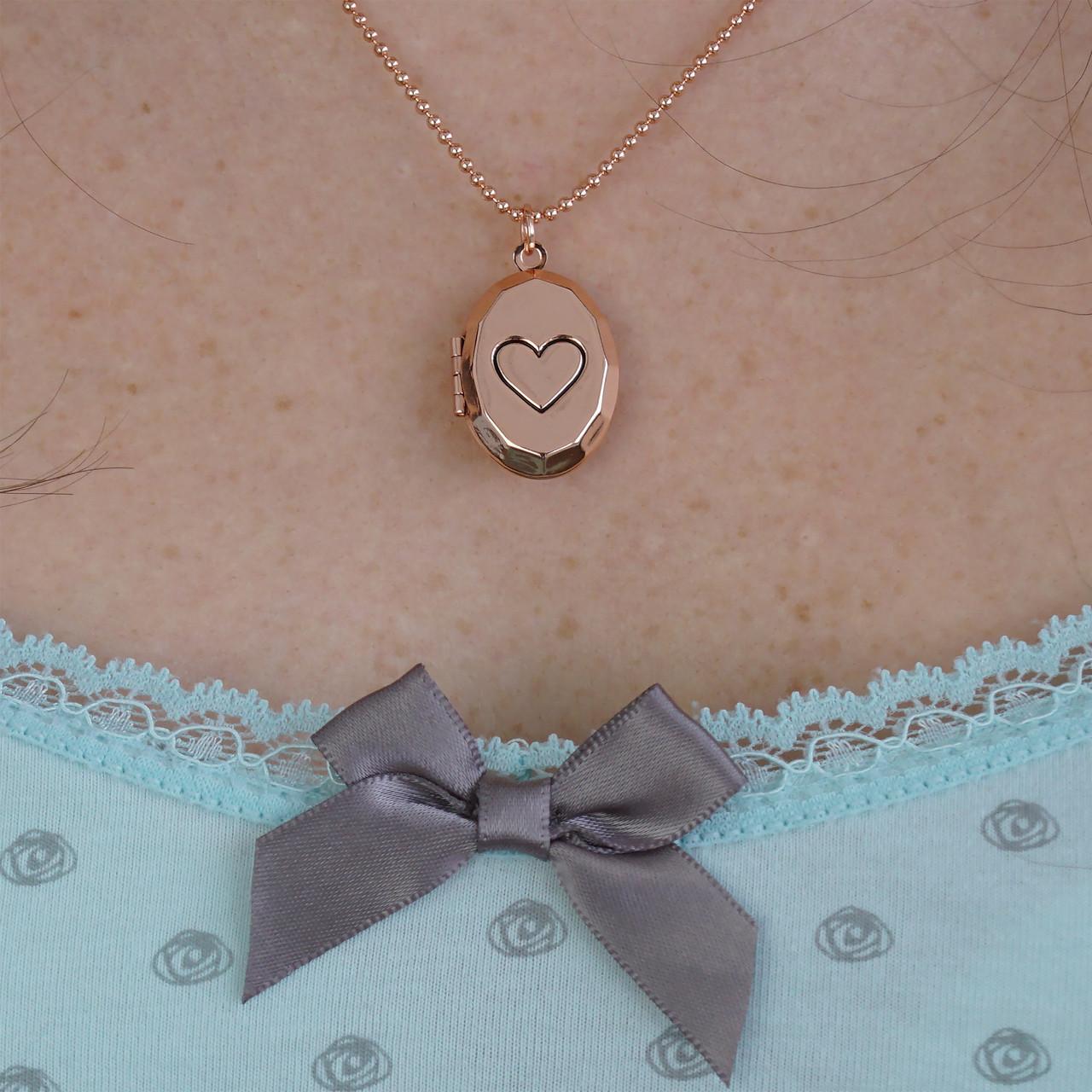 Медальон Сердце на цепочке (золотистый)