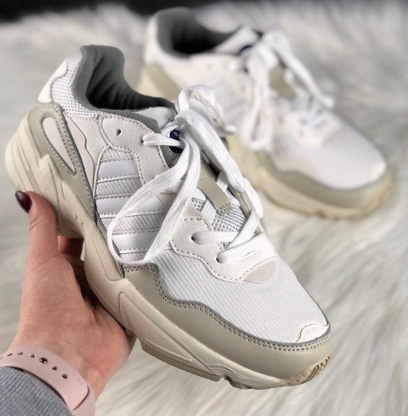 Мужские кроссовки Adidas yung 96 white. Живое фото. (Топ реплика ААА+)