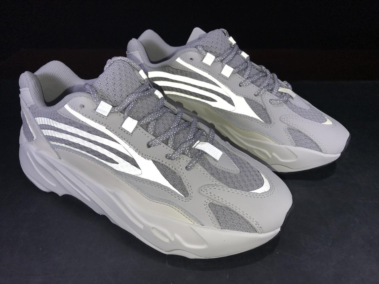 fa4caa8f Кроссовки Adidas Yeezy Boost 700 V2 Static, цена 1 649 грн., купить ...