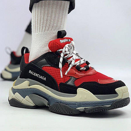 Женские кроссовки в стиле Balenciaga Triple S Black Red Черно-красные, фото 2