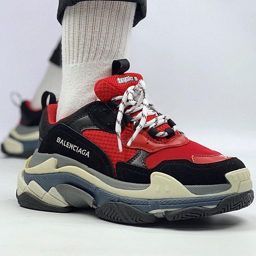 Женские кроссовки в стиле Balenciaga Triple S Black Red Черно-красные