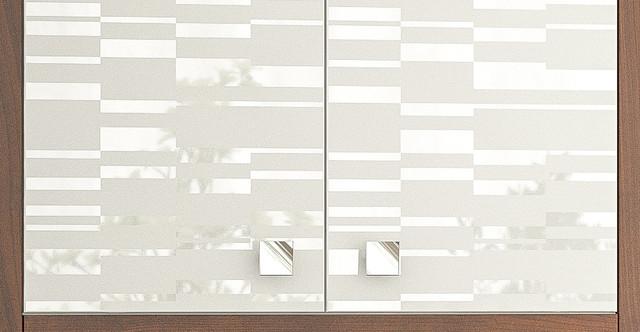 Фасади: Білий (вибіркове лакування)