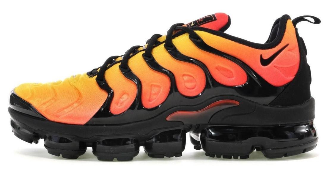 f3b14431 Мужские кроссовки Nike Air VaporMax Plus Black Orange (найк вапормакс плюс,  оранжевые)
