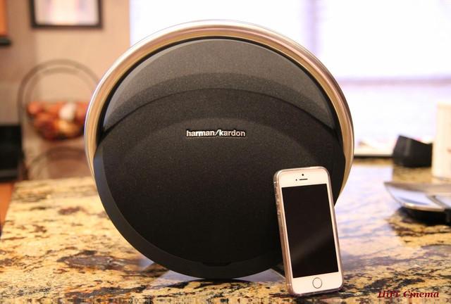 Harman Kardon Onyx & iPhone