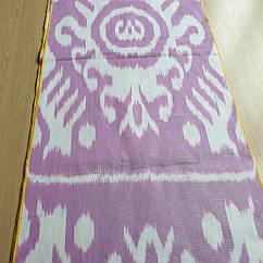 Узбецький адрас (ікат) в рожевому відтінку.