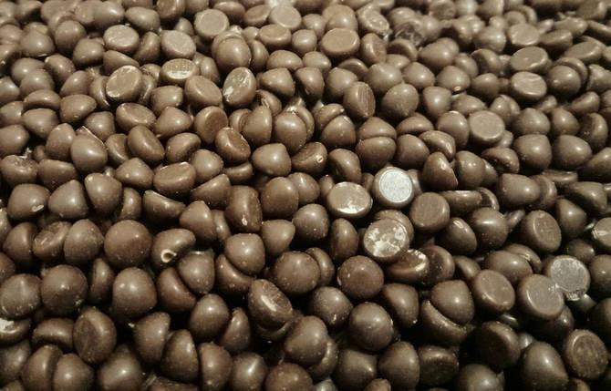 Шоколадная глазурь дропсы молочные Zeelandia 0,5 кг Термостойкие, фото 2