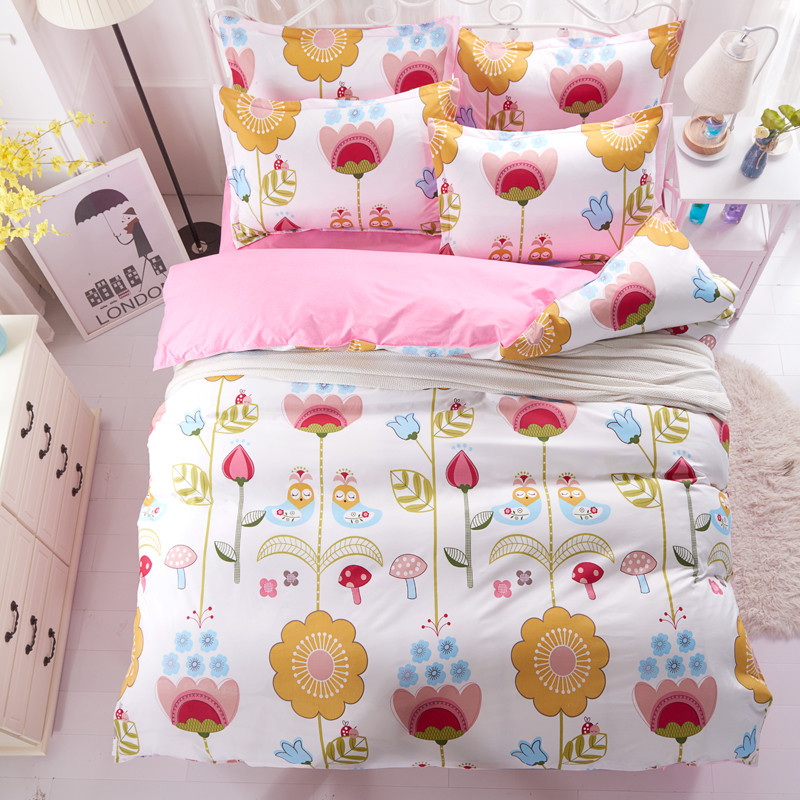 Комплект постельного белья Цветы (полуторный) Berni