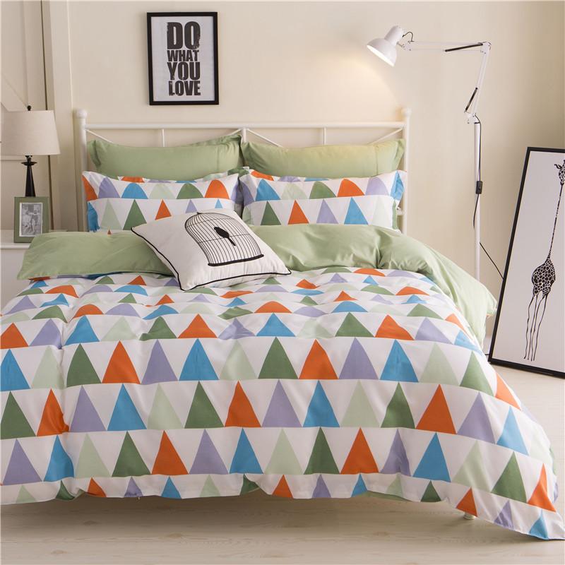 Комплект постельного белья Треугольники (двуспальный-евро) Berni