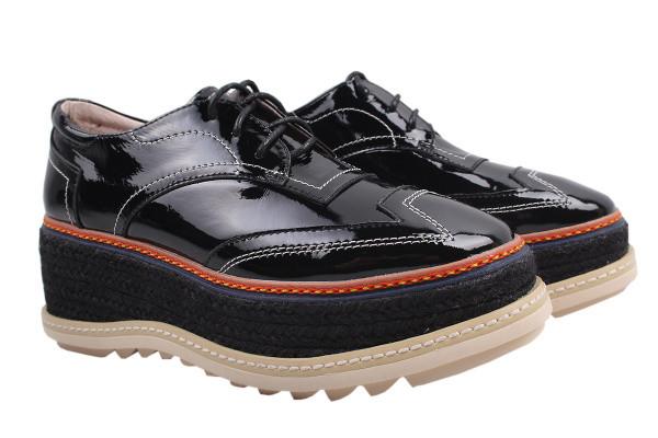 Туфли женские на платформе Marcuzzi лаковая натуральная кожа, цвет черный