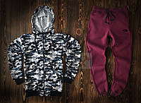 Спортивный костюм The North Face камуфляжного и бордового цвета (люкс копия)