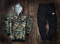 Спортивный костюм New Balance камуфляжного и черного цвета (люкс копия)