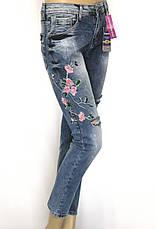 Женские джинсы бойфренды с вышивкой  Esquire, фото 3