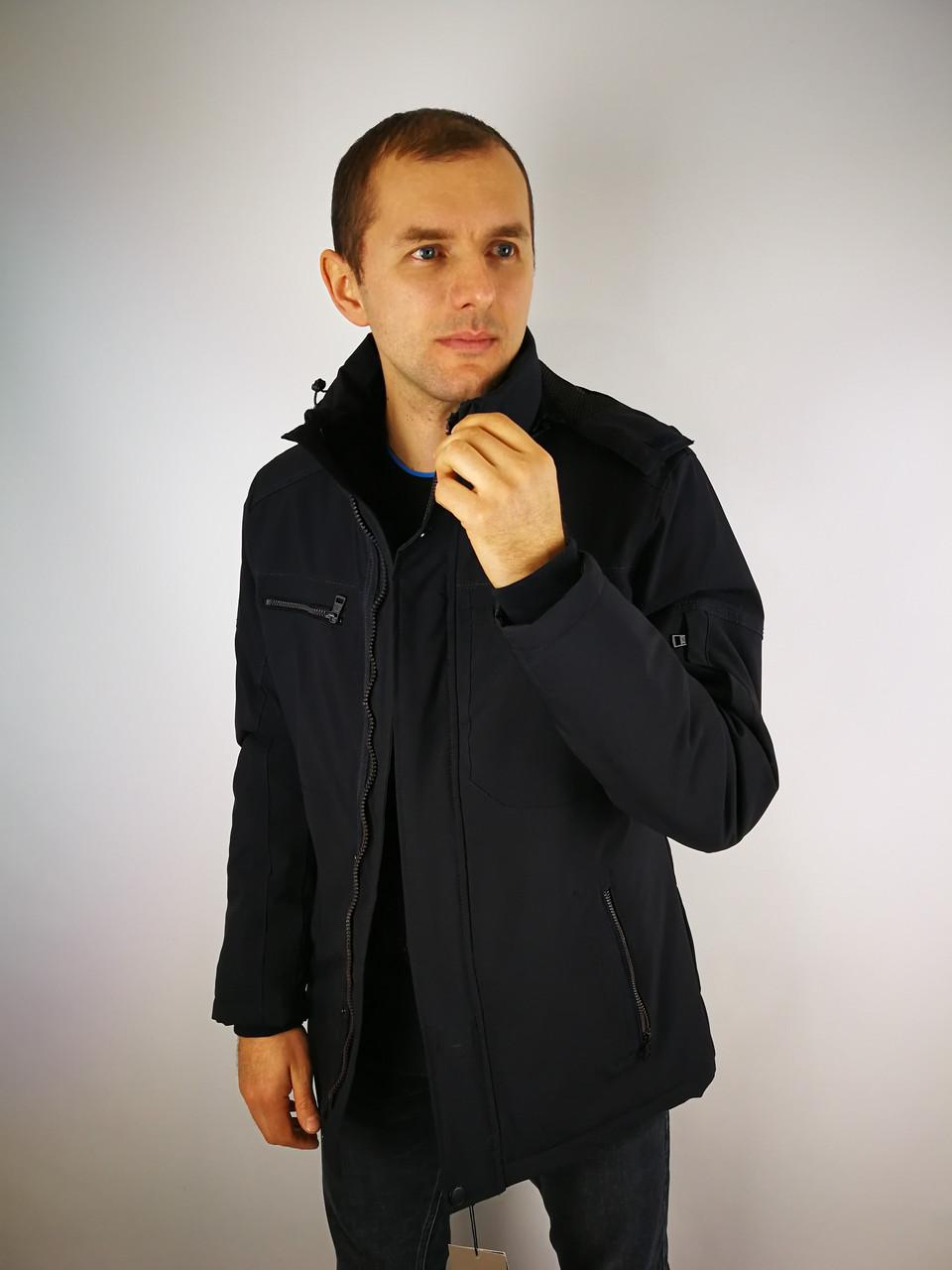 Чоловіча весняна куртка класика