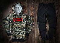 Мужской спортивный костюм Supreme камуфляжного и черного цвета  (люкс копия)