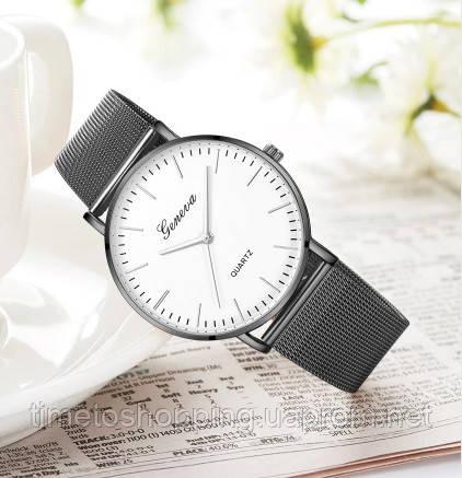 Часы женские на ремешке Geneva