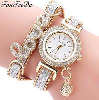 Женские наручные часы-браслет со стразами Love, фото 1
