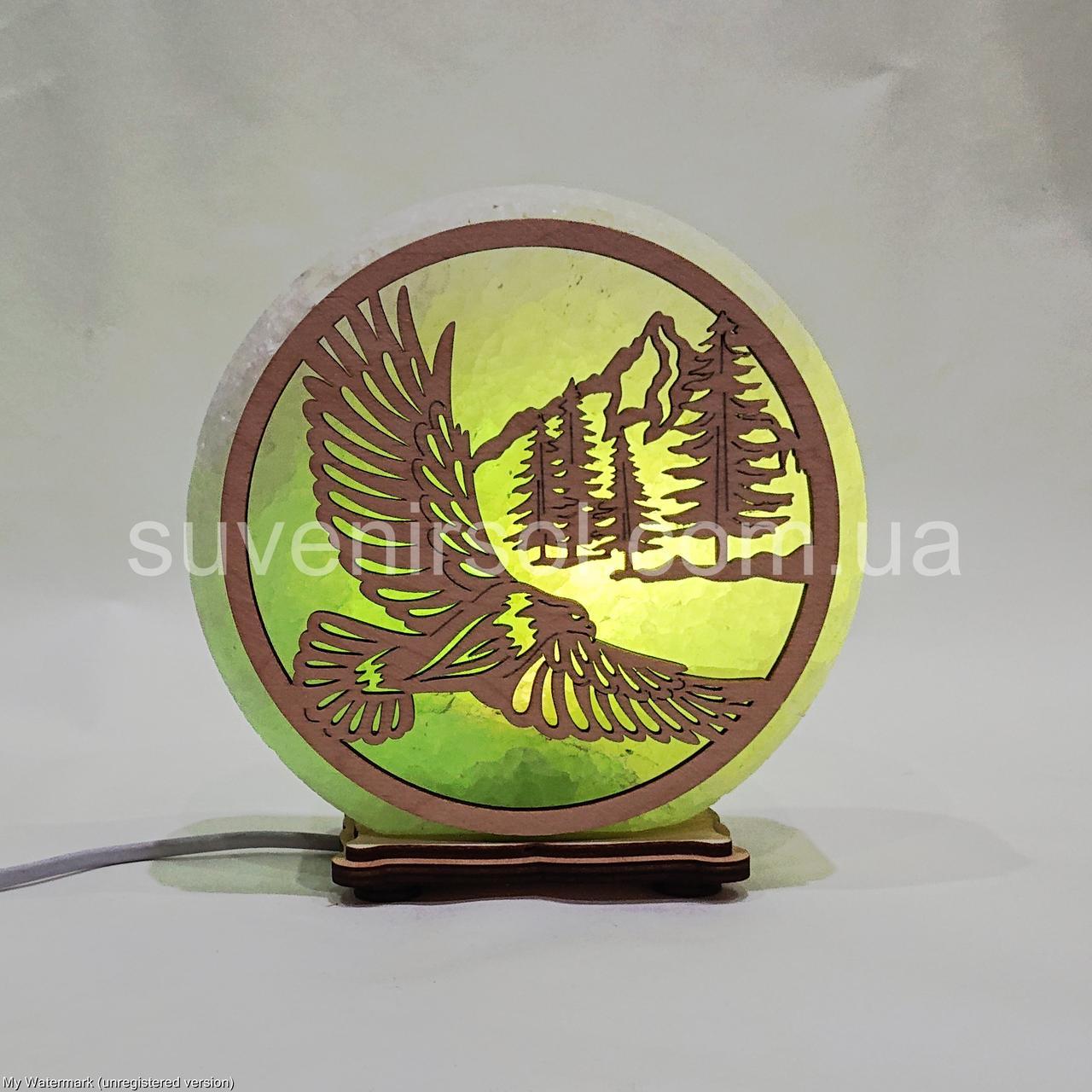 Соляной светильник круглый Орёл и горы