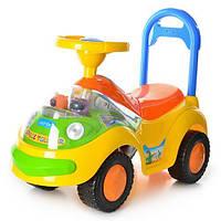 Детская машинка каталка-толокар Bambi музыкальная, желто-зелёная