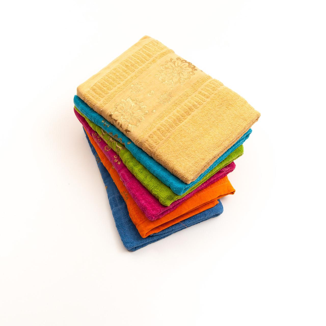 Банное махровое полотенце с узором. В упаковке 6 шт разного цвета. Размер 130х65