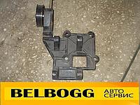 Крепление компрессора в сборе с натяжителем Geely CK, Джили СК