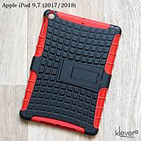 """Противоударный чехол для Apple iPad 9.7"""" (2017/2018) (черный с красным)"""