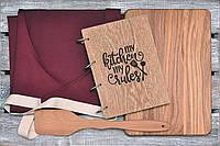 Набор для кухни 10. Фартук. Девевянный блокнот, разделочная доска и лопатка.