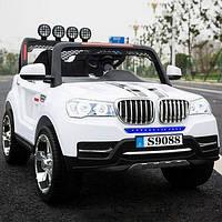 Детский электромобиль джип БМВ BMW M 3118 EBLR-1 белый (черный,красный). Колеса EVA, 4 мотора, свет, MP3.