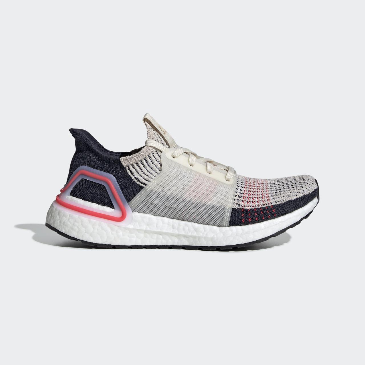 dc6982be Беговые кроссовки Adidas UltraBOOST 19 W F35284 - 2019: продажа ...
