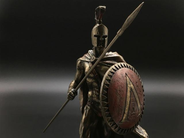 Коллекционные статуэтки воинов Veronese