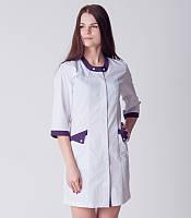 Белый женский медицинский халат с фиолетовыми вставками 2187-1 (батист 42-60 р-ры )