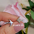 Родированные серебряные серьги гвоздики Ласточки - Ласточки минималистичные серьги серебро, фото 5