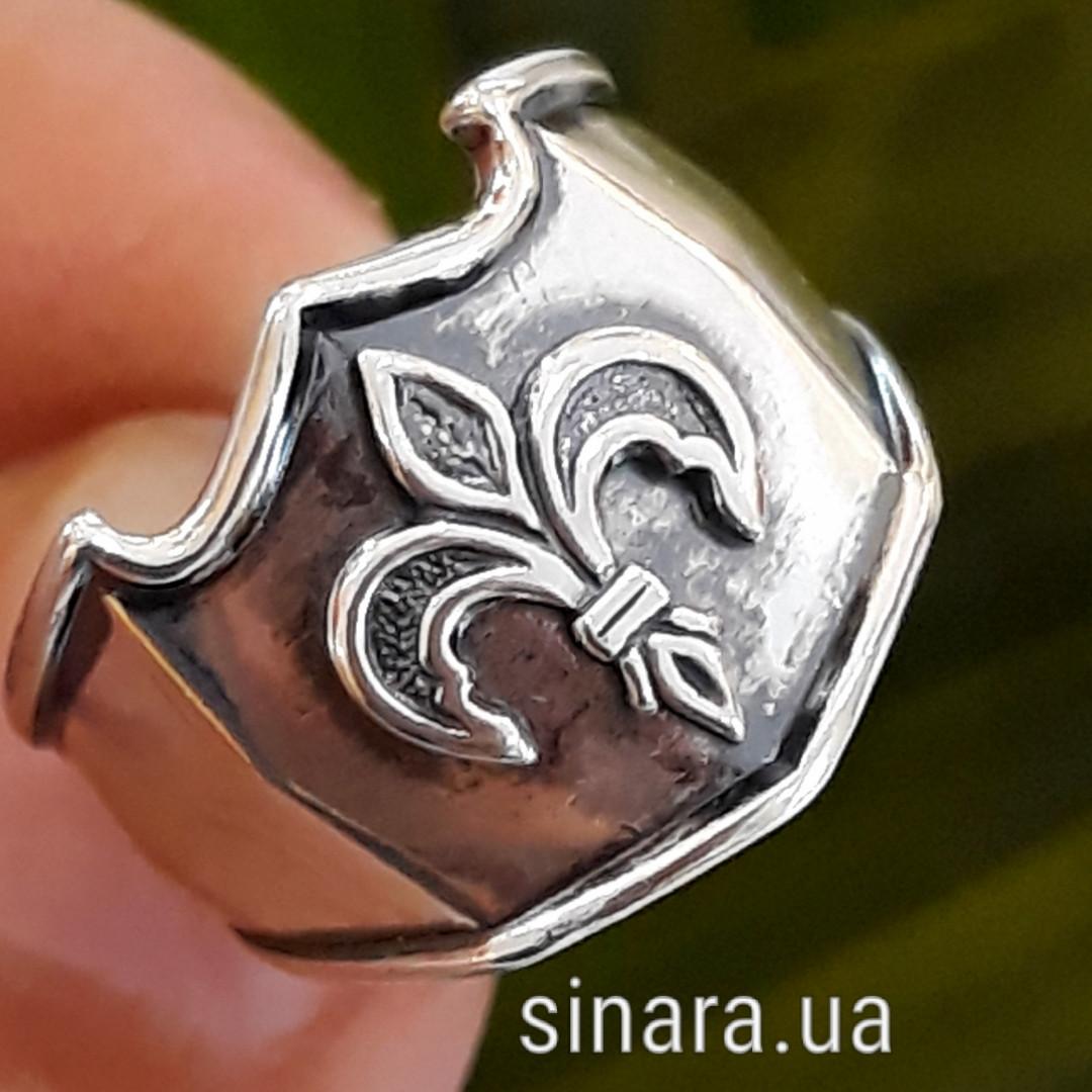 Серебряное кольцо Геральдическая Лилия