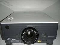 Panasonic PT-D3500U,1DLP,1024x768,3500lm